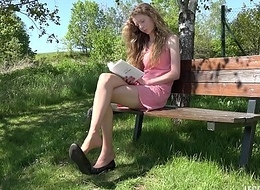 Young Girl Similar to one another Retire from Her Legs And Feet Relating to Pantyhose