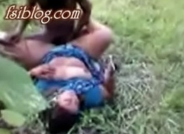 Desi village bhabi outdoor intercourse surrounding neighbor