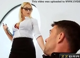 Sexy blonde realtor double profoundness during the guileless dwelling