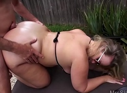 Wife Fucks Her Boytoy at the end of one's tether the Pool