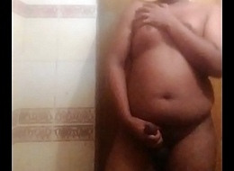Heavy mallu boy bathing instalment