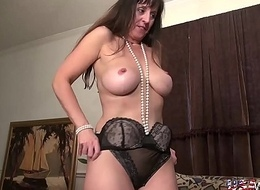 USAwives Horny Mature Descendant Self Toy Masturbation