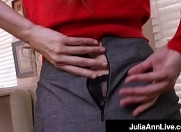 Take charge Milf Julia Ann Bangs Her Hot Pussy with a Dick Dildo!