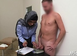 Arab playgirl gets pussy-licking